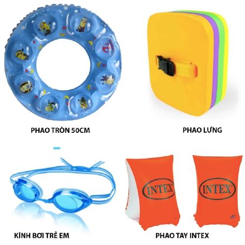 Chuẩn bị dụng cụ bơi cho trẻ