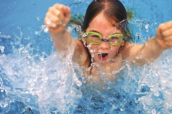khóa dạy bơi trẻ em